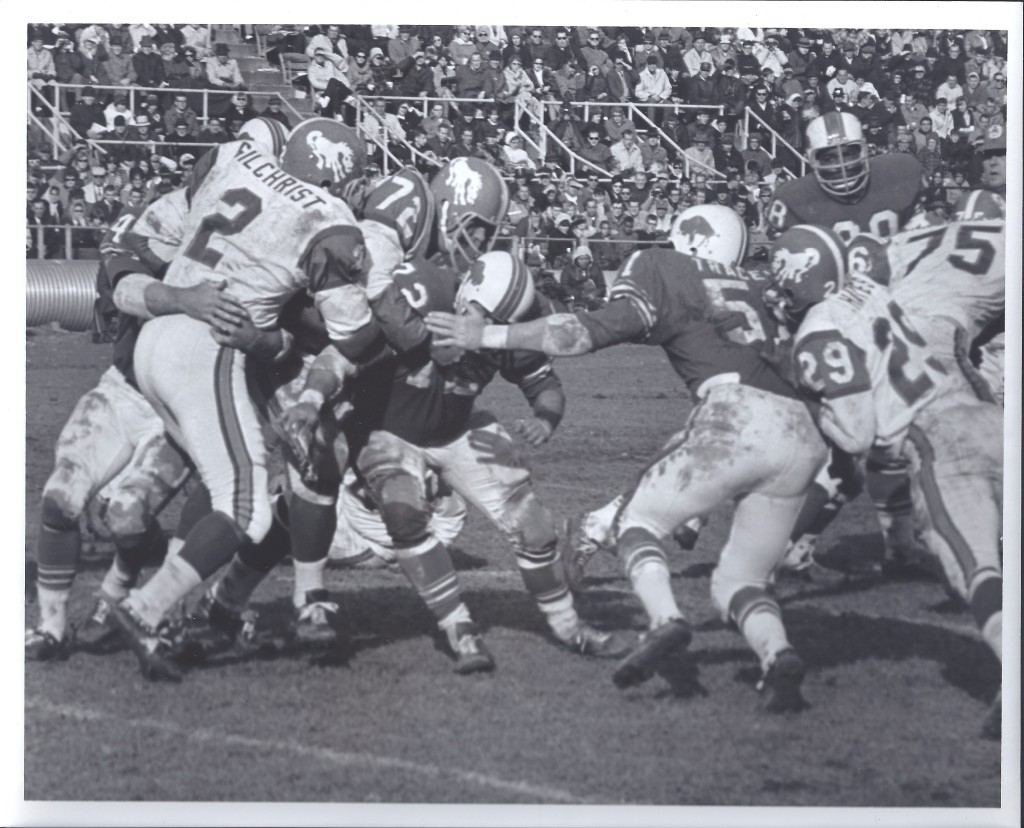1965-10-24-Gilchrist-Bills-Defense