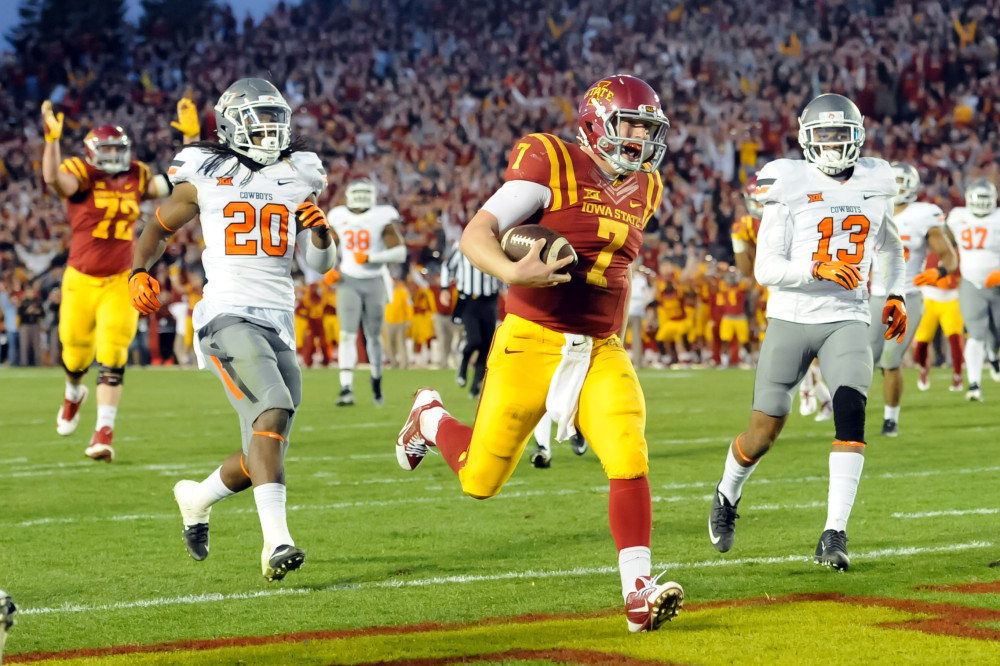 Nov 14, 2015; Ames, IA, USA; Iowa State Cyclones quarterback Joel Lanning (7) scores a second half touchdown against the Oklahoma State Cowboys at Jack Trice Stadium. Oklahoma State defeated Iowa State 35-31. Mandatory Credit: Steven Branscombe-USA TODAY Sports ORG XMIT: USATSI-227346 ORIG FILE ID: 20151114_jla_bc9_104.jpg
